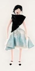 dior-unicef-designer-doll-vogue-26nov13-pr_426x639