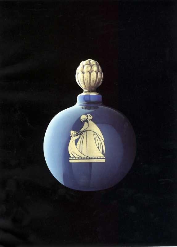 Arpège Boule Bleu. 1926 © Patrimoine Lanvin