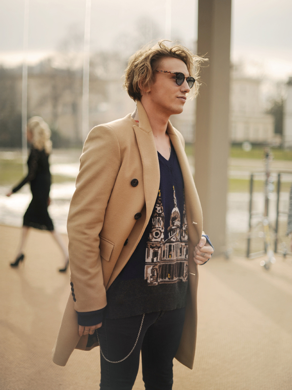 Jamie Campbell Bower wearing Burberry at the Burberry Prorsum Womenswear Autumn_Winter 2014 Show