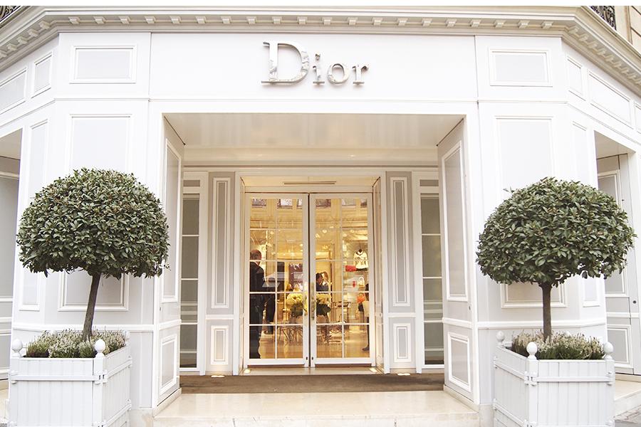 «Модные» преступления: вслед за бутиком Chanel ограблен склад Dior