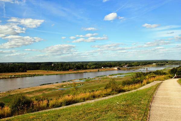 9 Loire