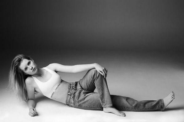 Lottie-Moss-calvin-klein-jeans1