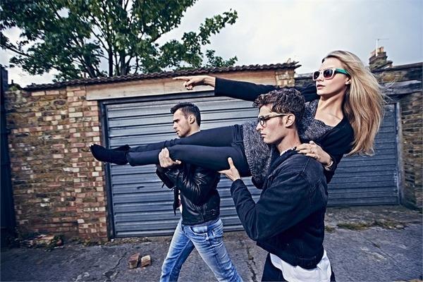Pepe-Jeans-2014-Cara-Delevingne-2