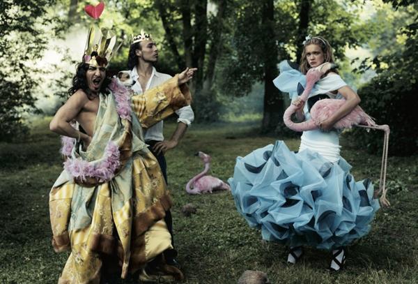 John Galliano, Alexis Roche, Natalia Vodianova в Christian Dior Haute Couture, Vogue 2003