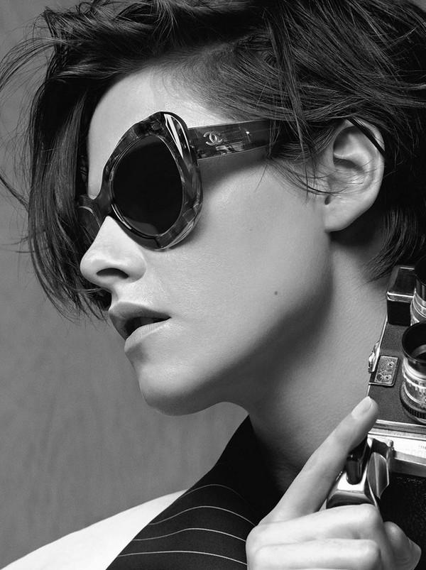 Chanel-Eyewear-2015-Kristen-Stewart-1