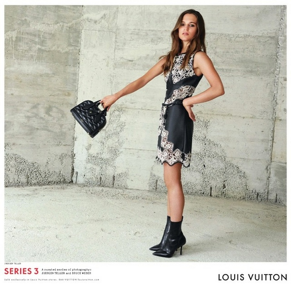 Louis-Vuitton-Fall-Winter-2015-Ad-Campaign03