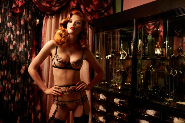 agent-provocateur-fall-winter-2015-4