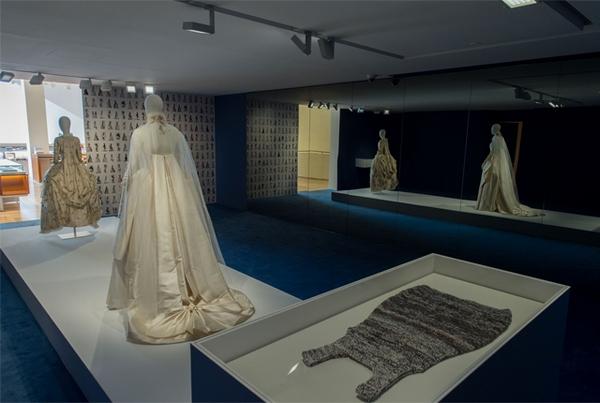 louis-vuitton-tale-of-costumes-exhibition-rome-venice-2