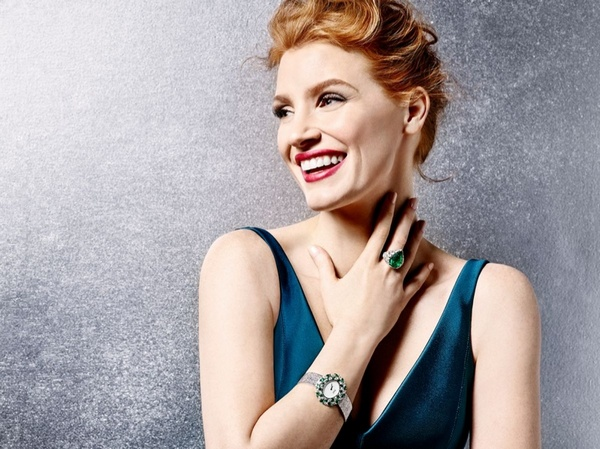 Jessica-Chastain-Piaget-Spring-2016-Campaign-1