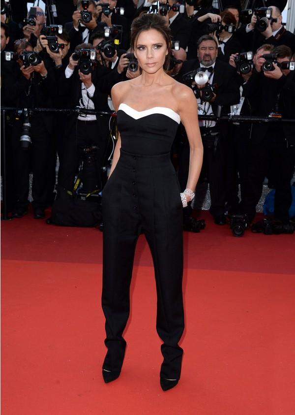 Виктория+Бекхэм+в+топе+и+брюках+Victoria+Beckham