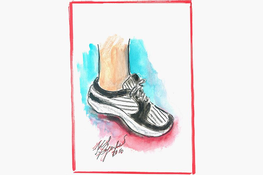 персонализированные кроссовки от Карла