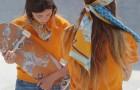 Скейтбордистки в кутюрных шарфах из новой коллекции Hermès