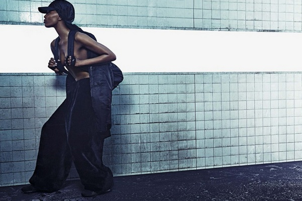 Naomi-Campbell-for-Fenty-x-Puma-Fall-2016-Campaign-07
