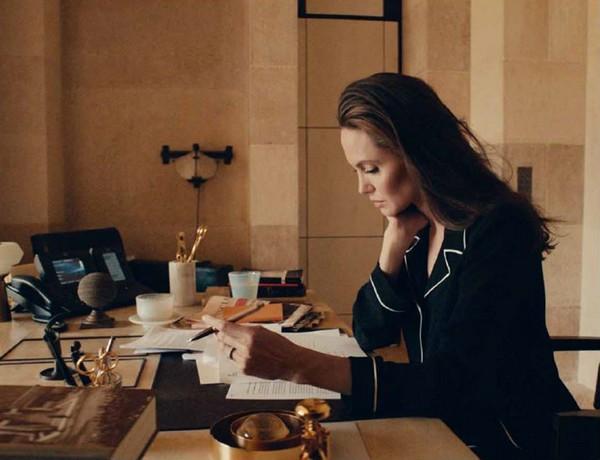 Mon Guerlain - Angelina Jolie 1
