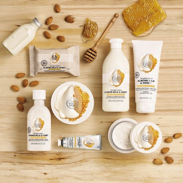The Body Shop Almond Milk & Honey 1