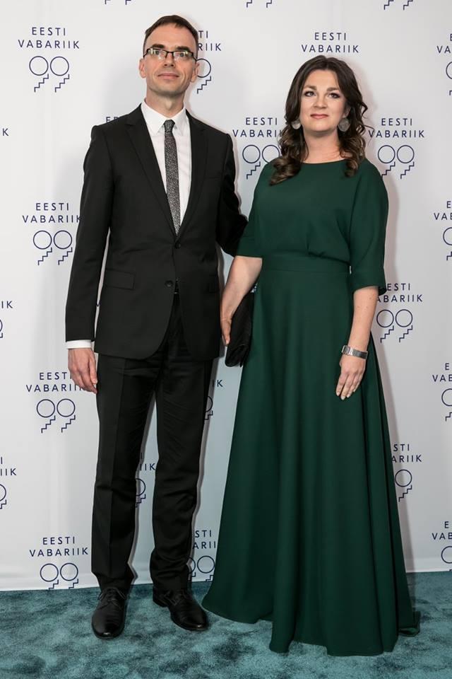Välisminister Sven Mikser ja kaunis Mari Vaus