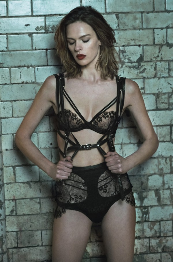 Agent-Provocateur-Fall-2017-4