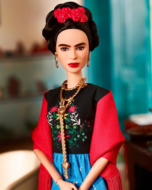 frida-kahlo-barbie-without-unibrow-2