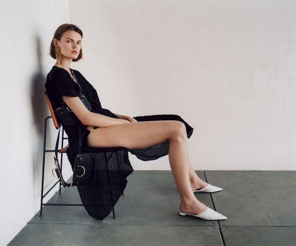 Zara Clean Lines 13