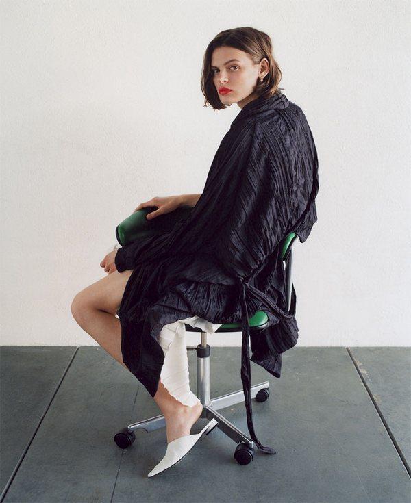Zara Clean Lines 14