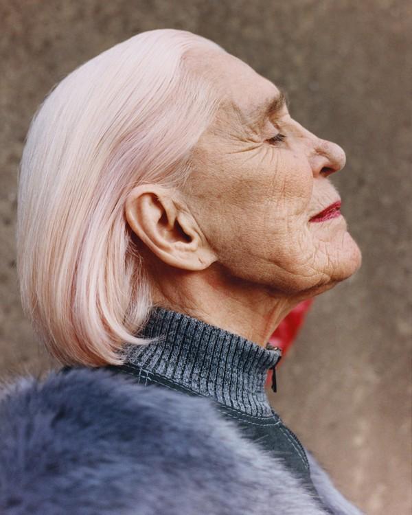 Helmut Lang Women of Wales 1