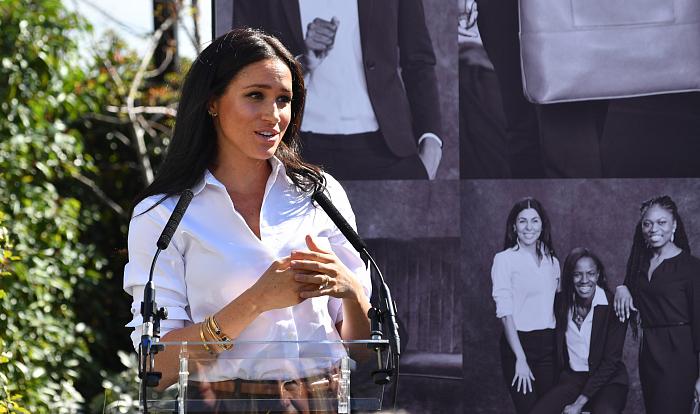 Меган Маркл представила свою бюджетную коллекцию одежды (3)