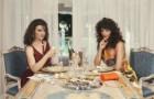 Рождественская кампания Versace, снятая в жанре мыльной оперы 1980-х